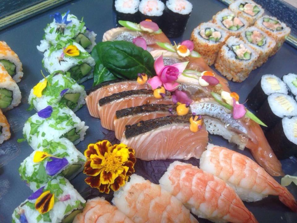 Sushi set nigiri maki - delivery Nitra