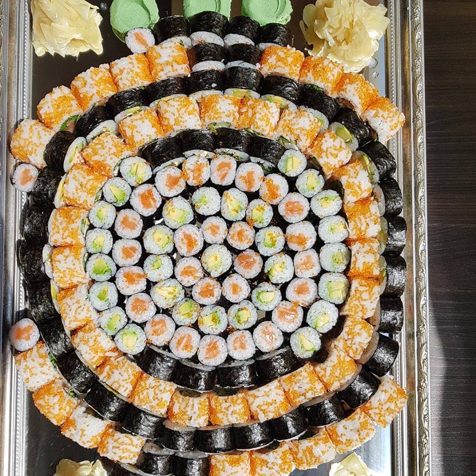 Sushi restaurant - delivery and catering